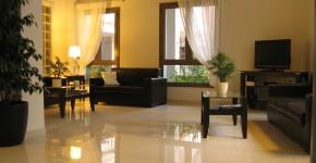 Anemoni lounge